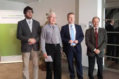 JEDNÁNÍ S MINISTREM ŽIVOTNÍHO PROSTŘEDÍ přináší naději na zlepšení stavu v České republice